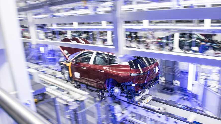 BMW iX: Start der Serienfertigung im Werk Dingolfing