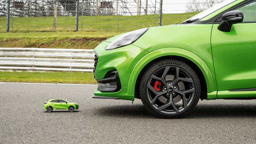 Ford Puma ST Races Its Tiny RC Equivalent On A Track