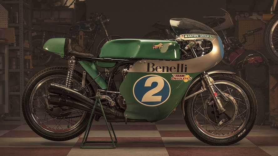 This 1968 Benelli 350 Grand Prix Bike Is Still Winning Races