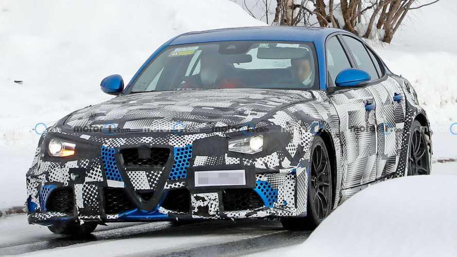 Maserati вывела на дороги новый GranTurismo (30+ фото)