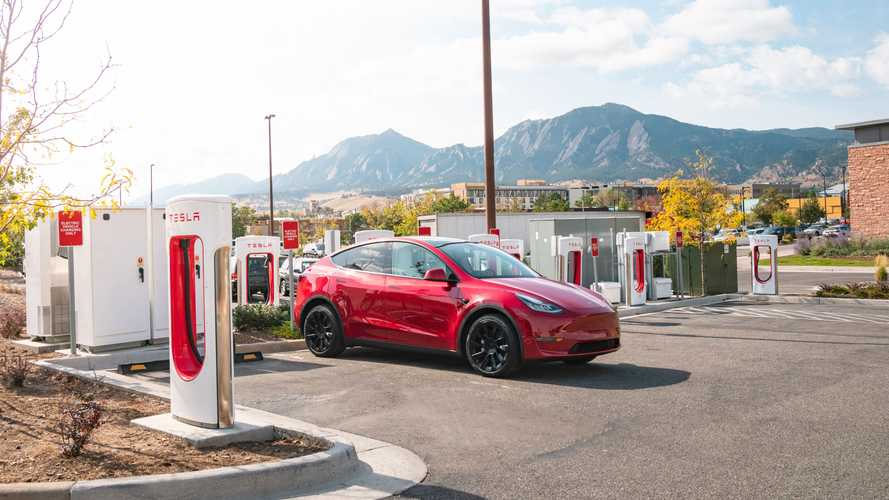 Report: Tesla Will Make Some Superchargers Publicly Available