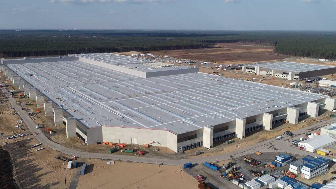 Tesla Giga Berlin (Gigafactory 4) - Model Y Factory Construction (Tesla Q1 2021 report)