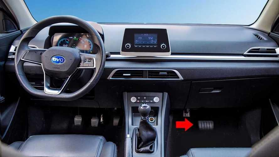 BYD E3 EV: l'elettrica con il cambio manuale