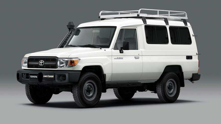 Toyota оборудовала классический Land Cruiser для перевозки вакцин