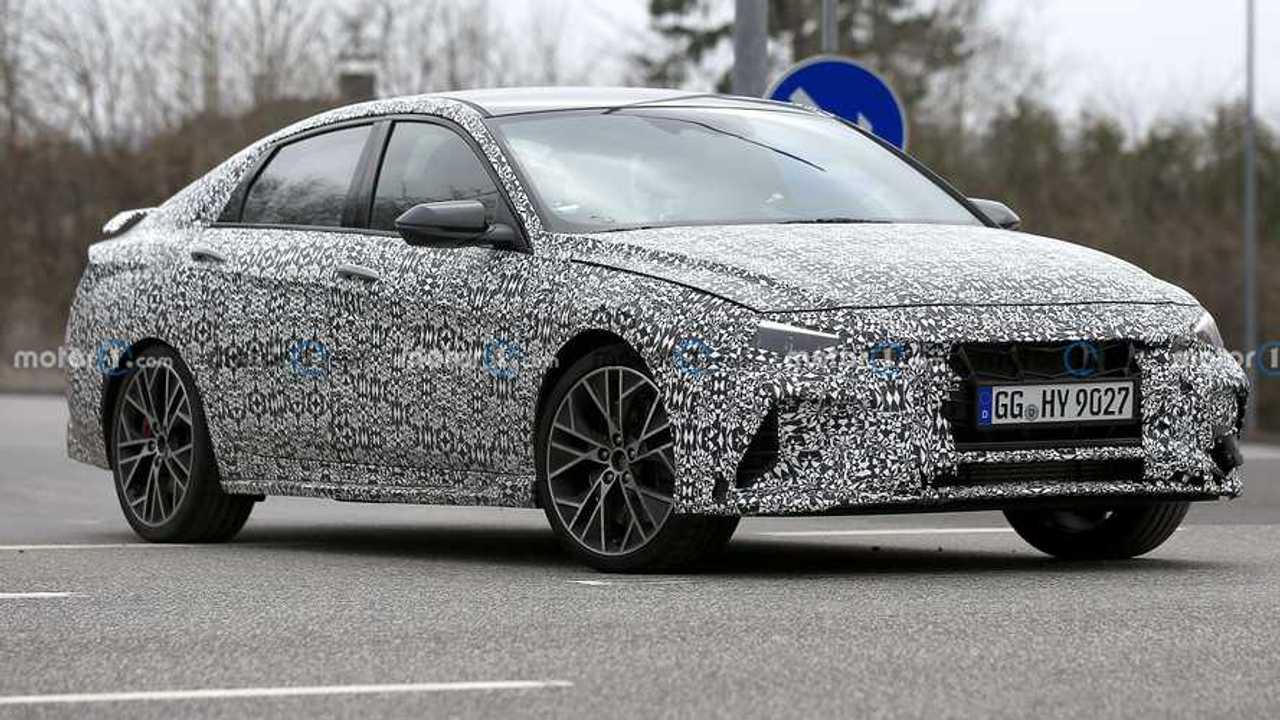 Hyundai Elantra N em testes