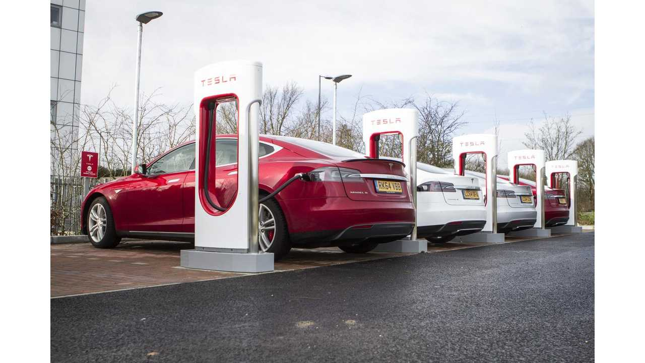 Tesla Says Superchargers Powered 5 Times More Road Trips This Summer Than In 2014