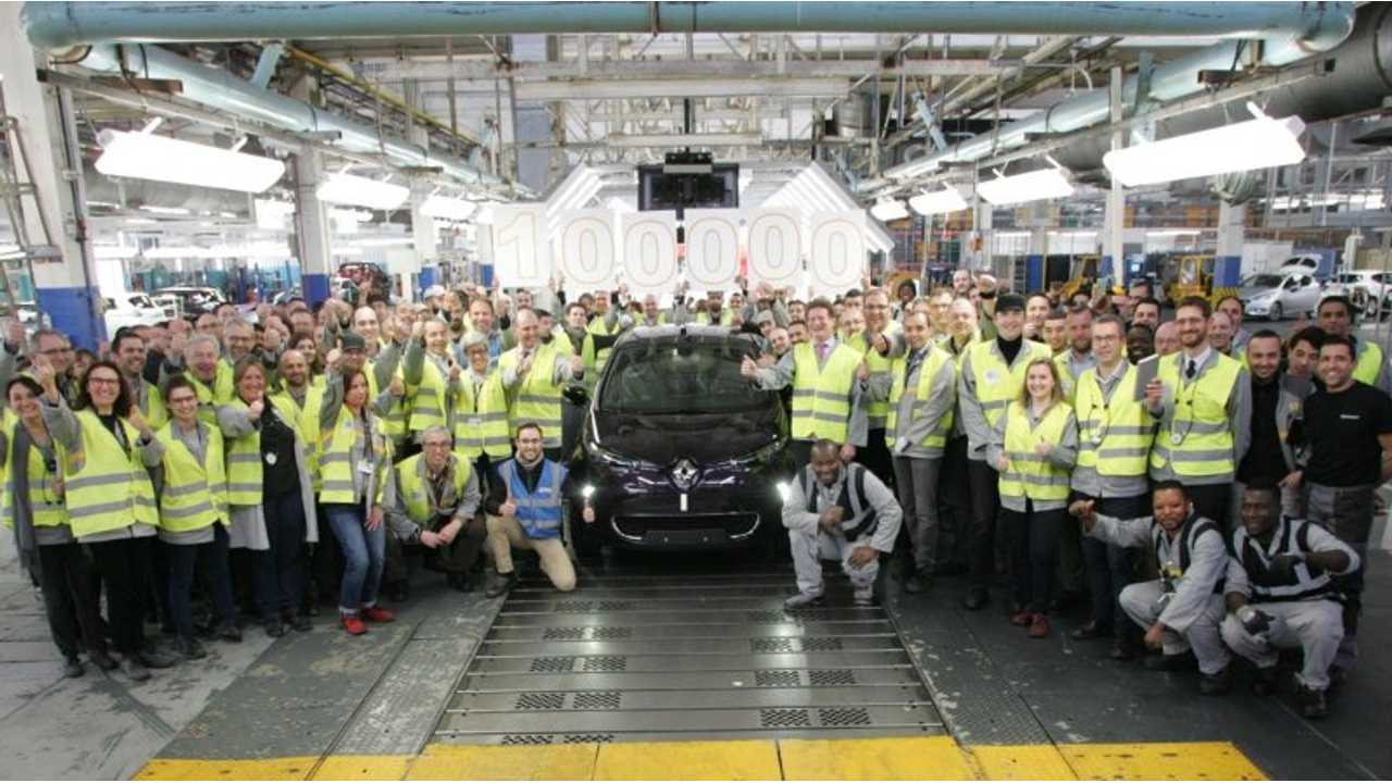 Renault Celebrates Production Of ZOE #100,000