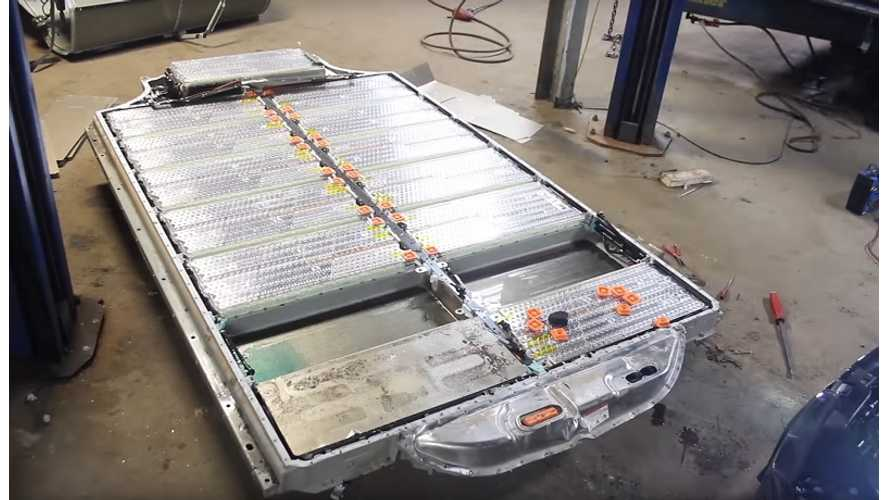 See If Water Intrudes Into Tesla Battery Pack After 10 Days Submersed