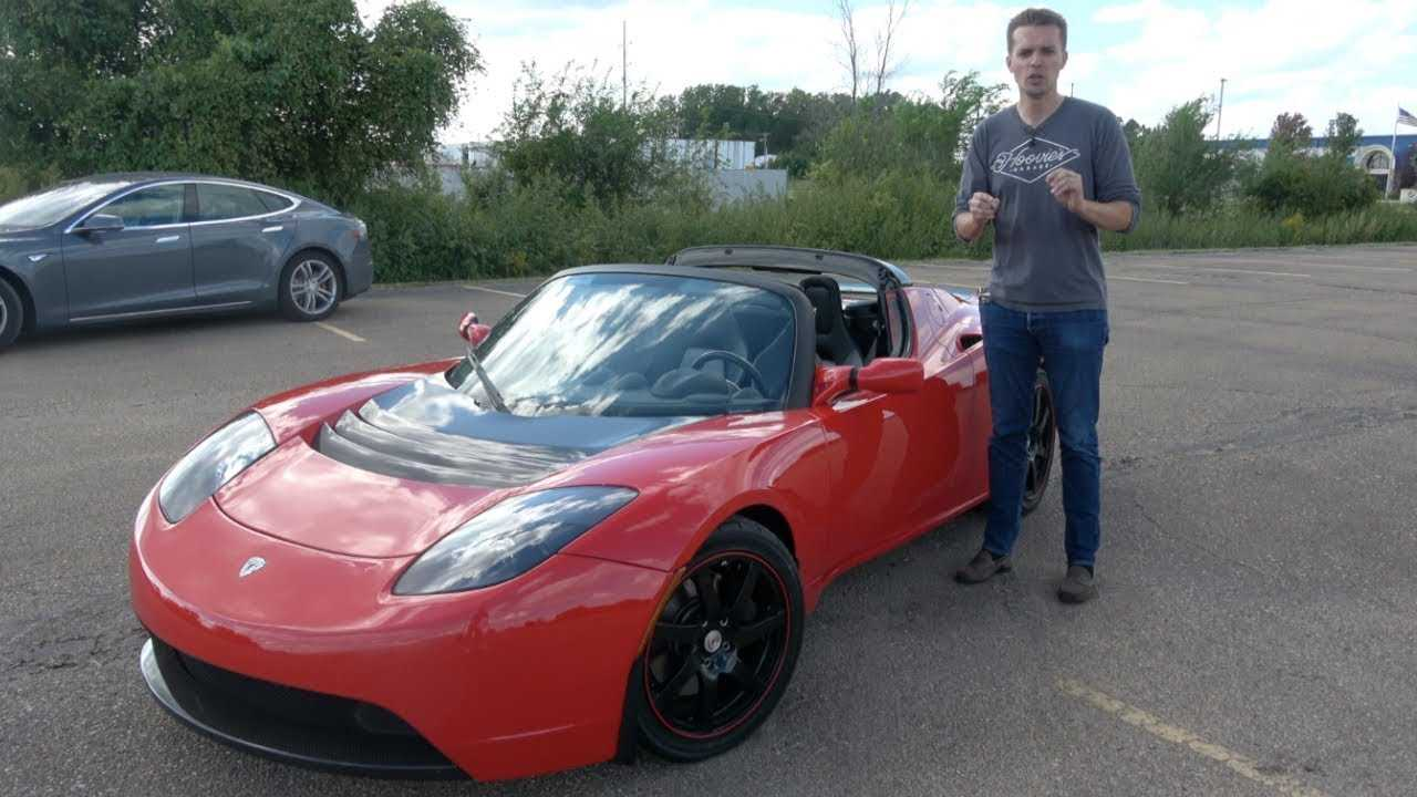 Learn A Lot About The Tesla Roadster In This Video