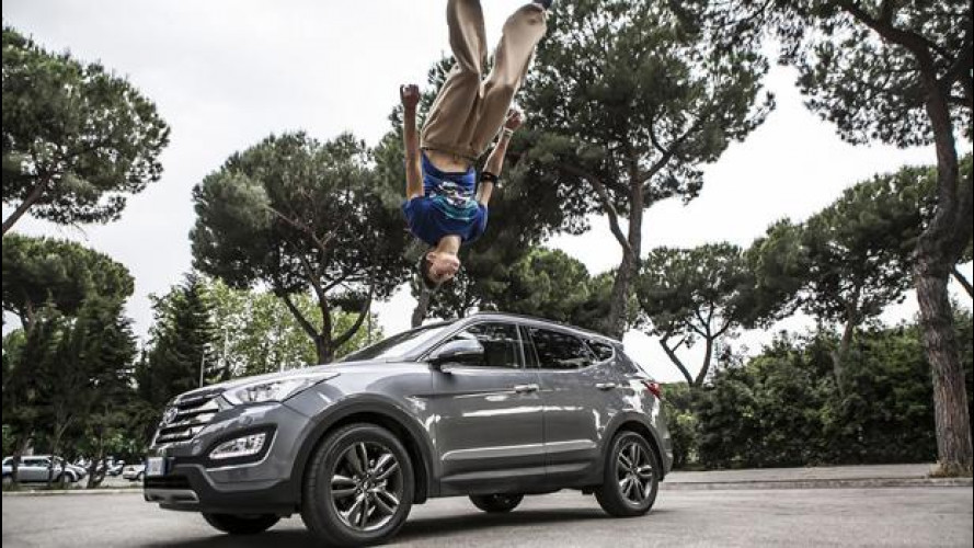 SUV Hyundai contro parkour [VIDEO]