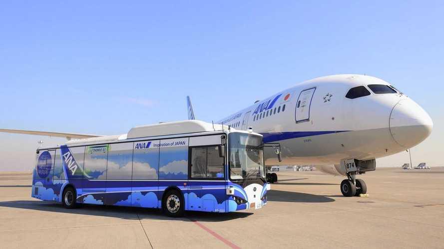 Este autobús eléctrico y autónomo operará en un aeropuerto de Tokio