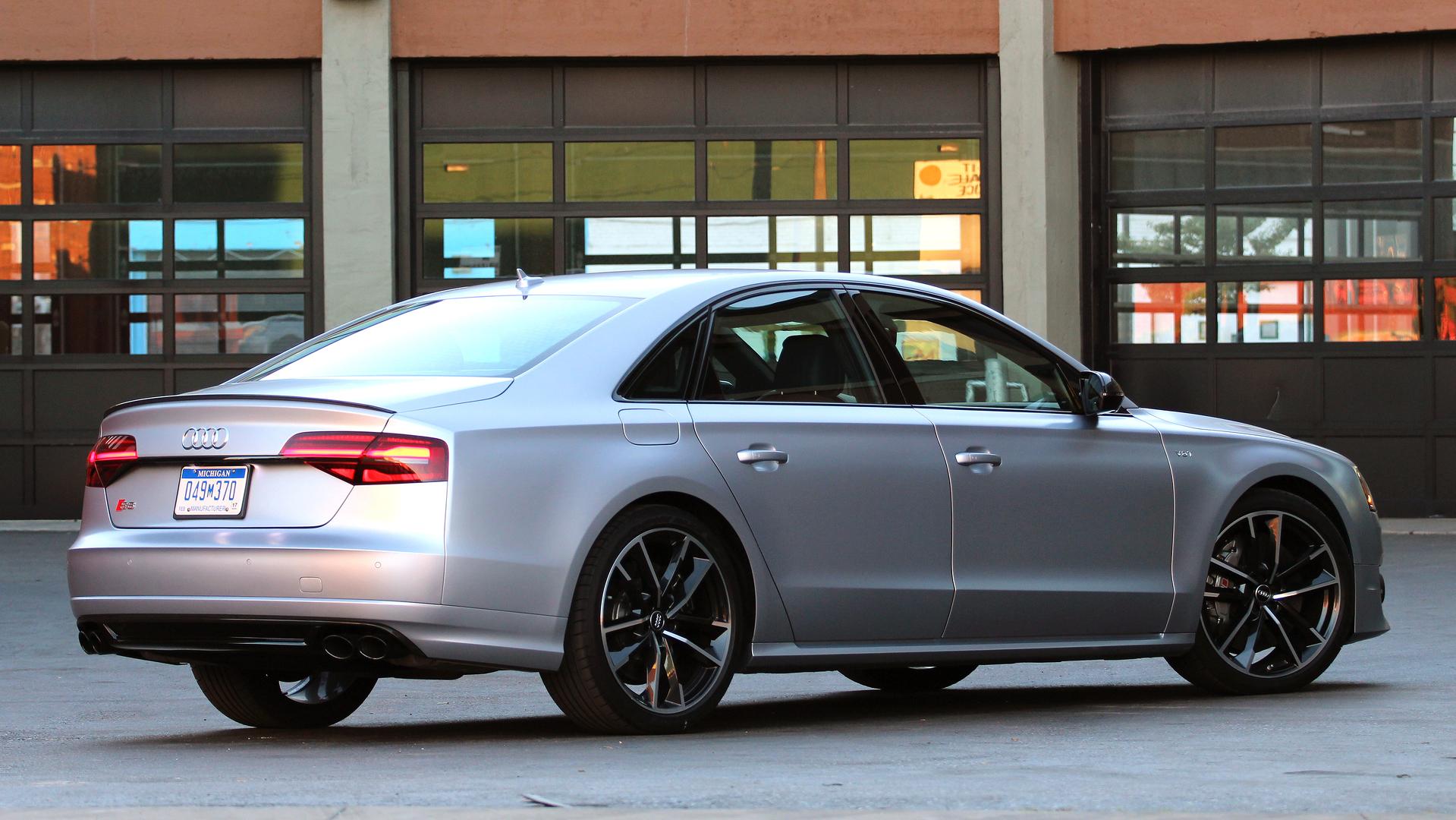 Kelebihan Kekurangan Audi S8 2016 Perbandingan Harga