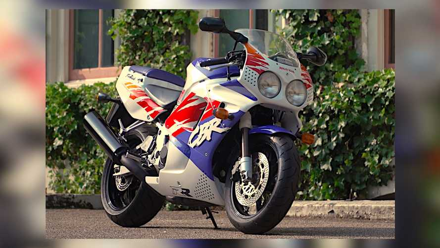 Here's How The Honda FireBlade Got Its Start Back In 1992