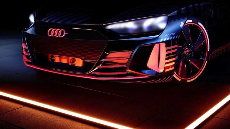 Ouça o ronco 'espacial' do esportivo elétrico Audi e-tron GT - vídeo