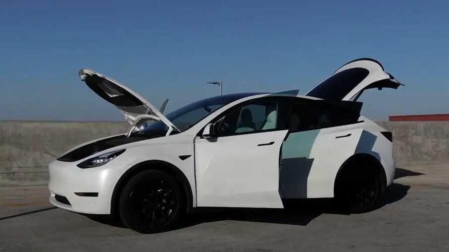 Egyre több Tesla-vásárló panaszkodik a Model Y-ban és Model 3-ban elromló klímára