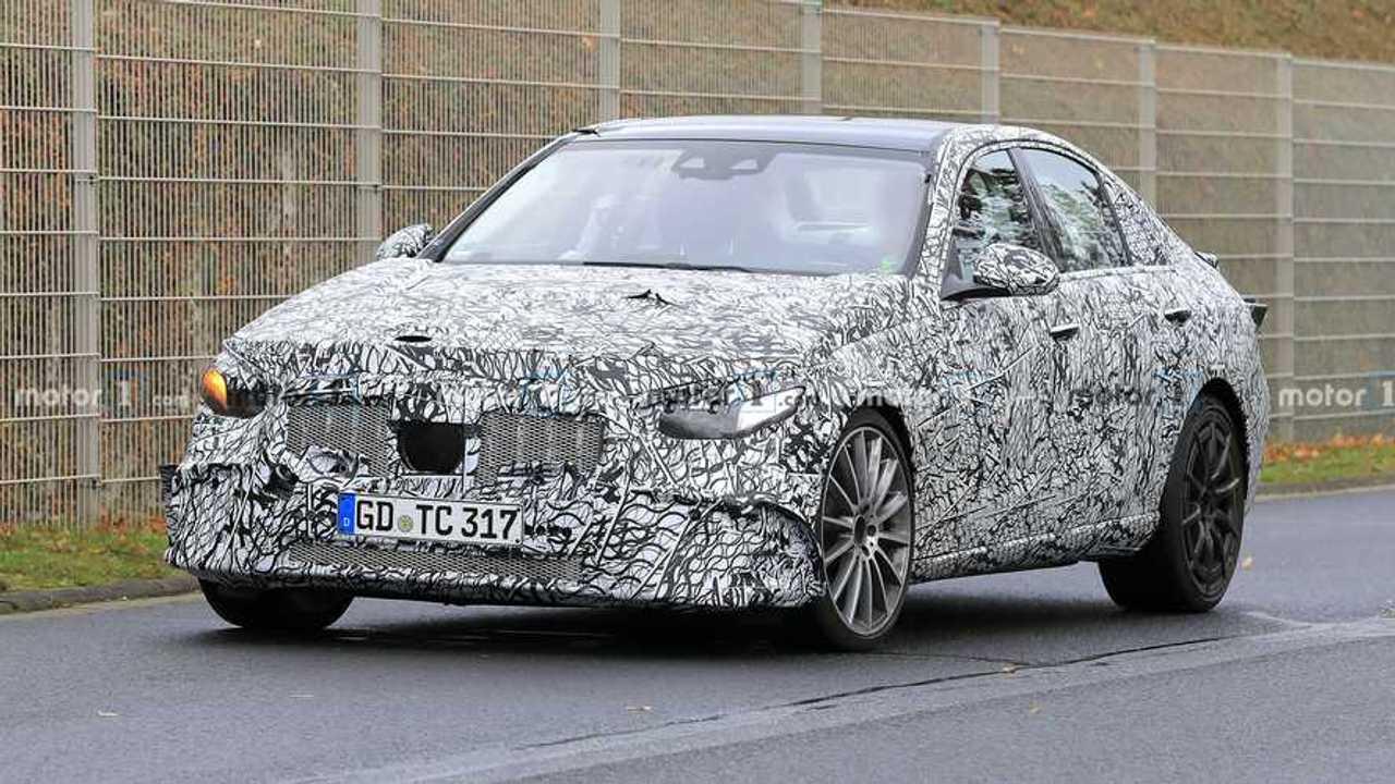 2022 Mercedes-AMG C53 spy photo