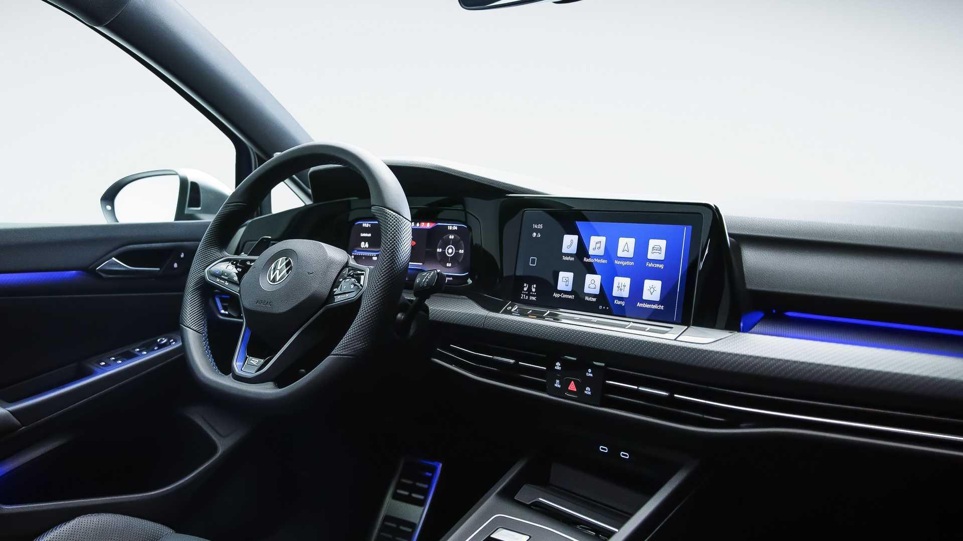 2022-volkswagen-golf-r-interior.jpg