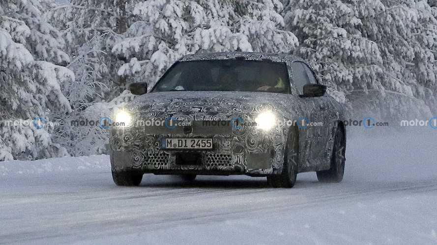 BMW 2er Coupé (2021) nahe des Polarkreises gesichtet