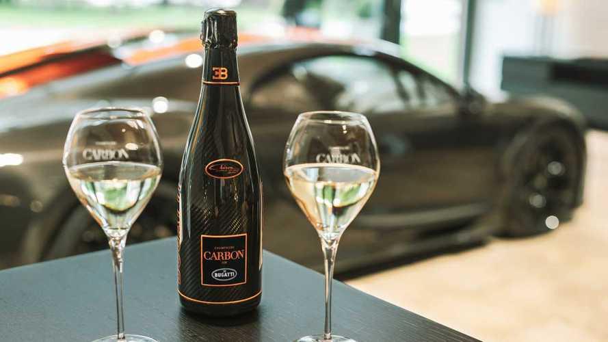 Most már tökéletesen passzoló pezsgő is van a Bugatti Chiron Super Sport 300+-hoz