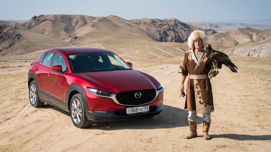 Mazda ci porta in un incredibile viaggio in Kazakistan. Foto
