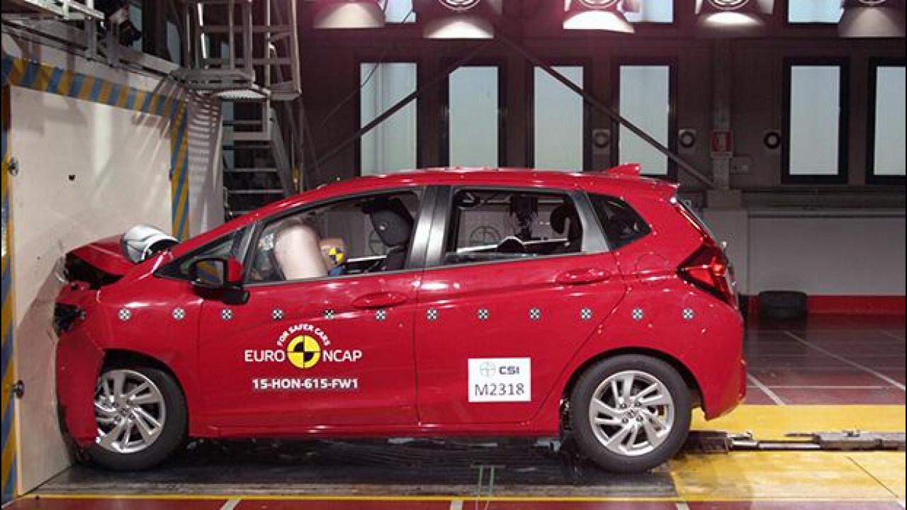 [Copertina] - Crash test Euro NCAP, pieno di stelle per Honda con HR-V e Jazz