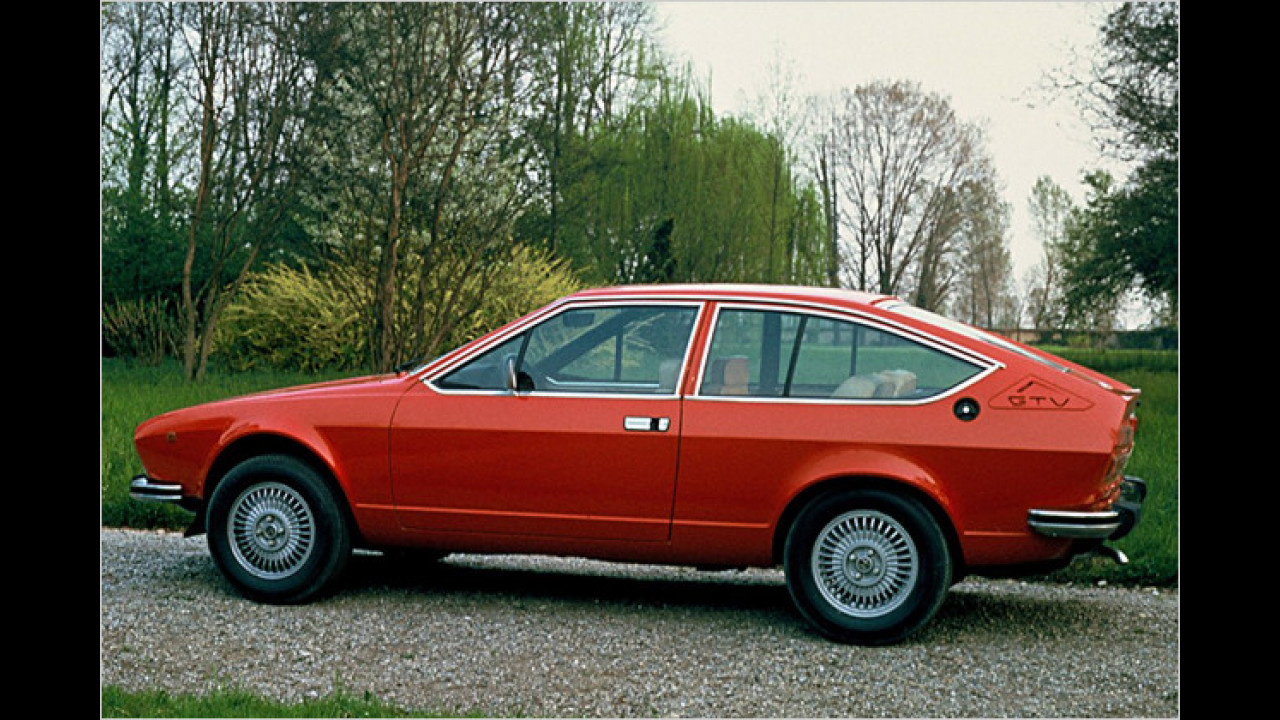 Alfa Romeo Alfetta GTV (1976)