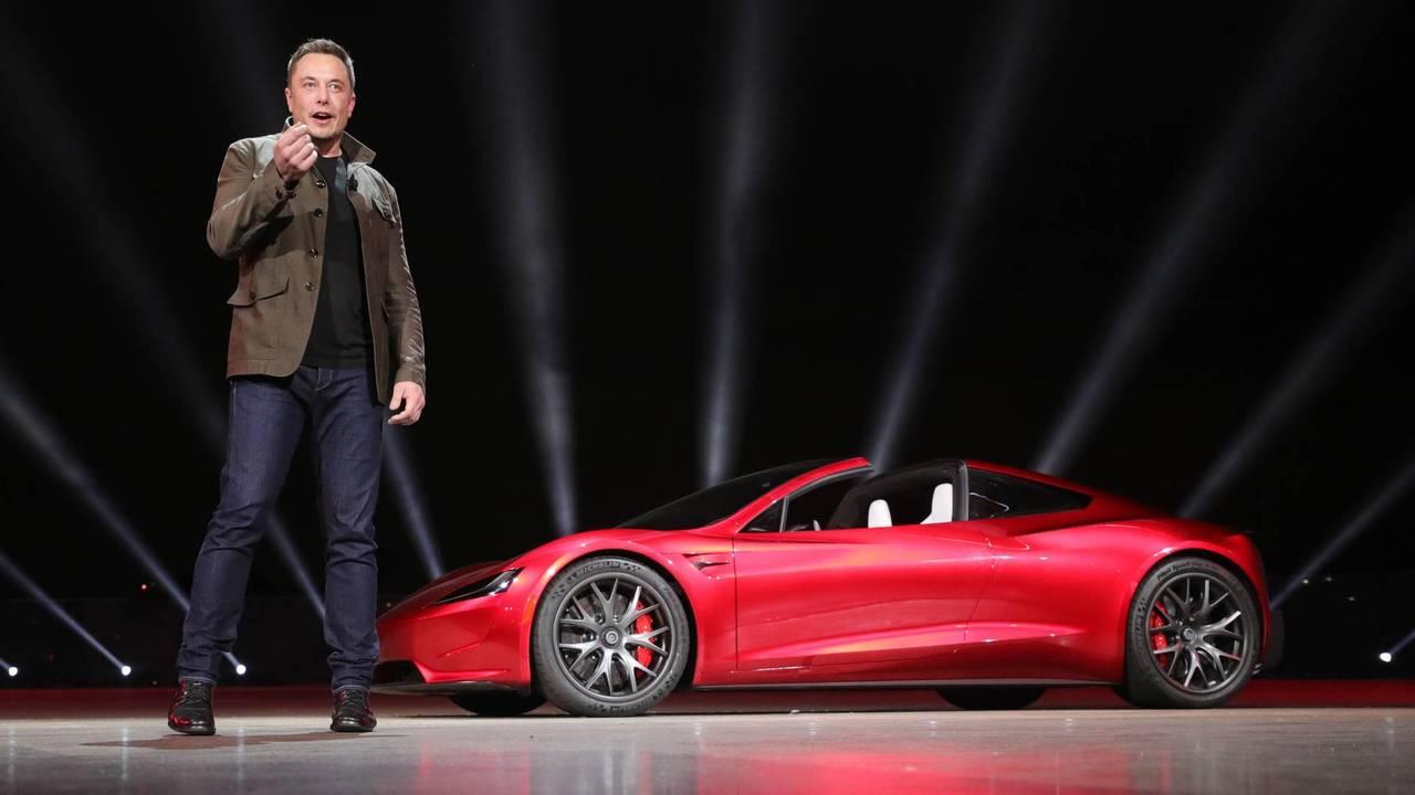 Demonstração de Tesla Roadster 2020 por Elon Musk