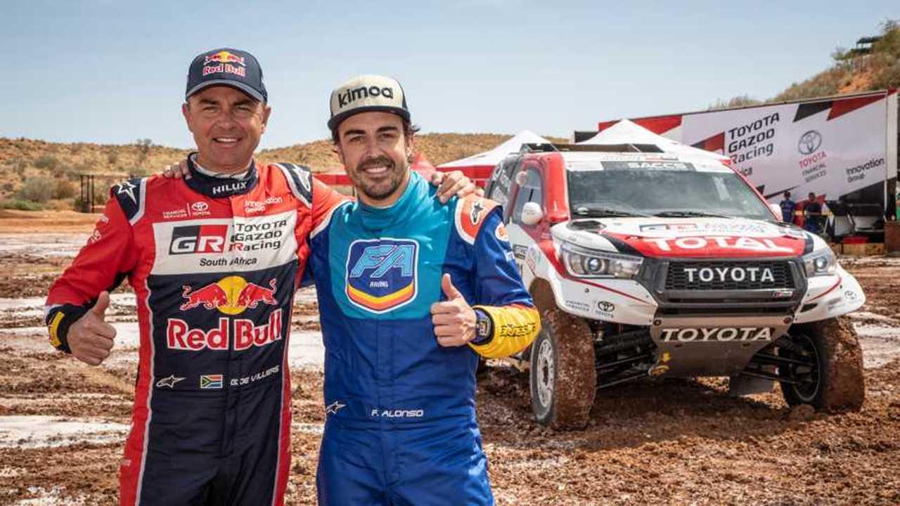 Alonso e Toyota Hilux prove di Dakar