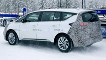 Renault Espace facelift spy photo
