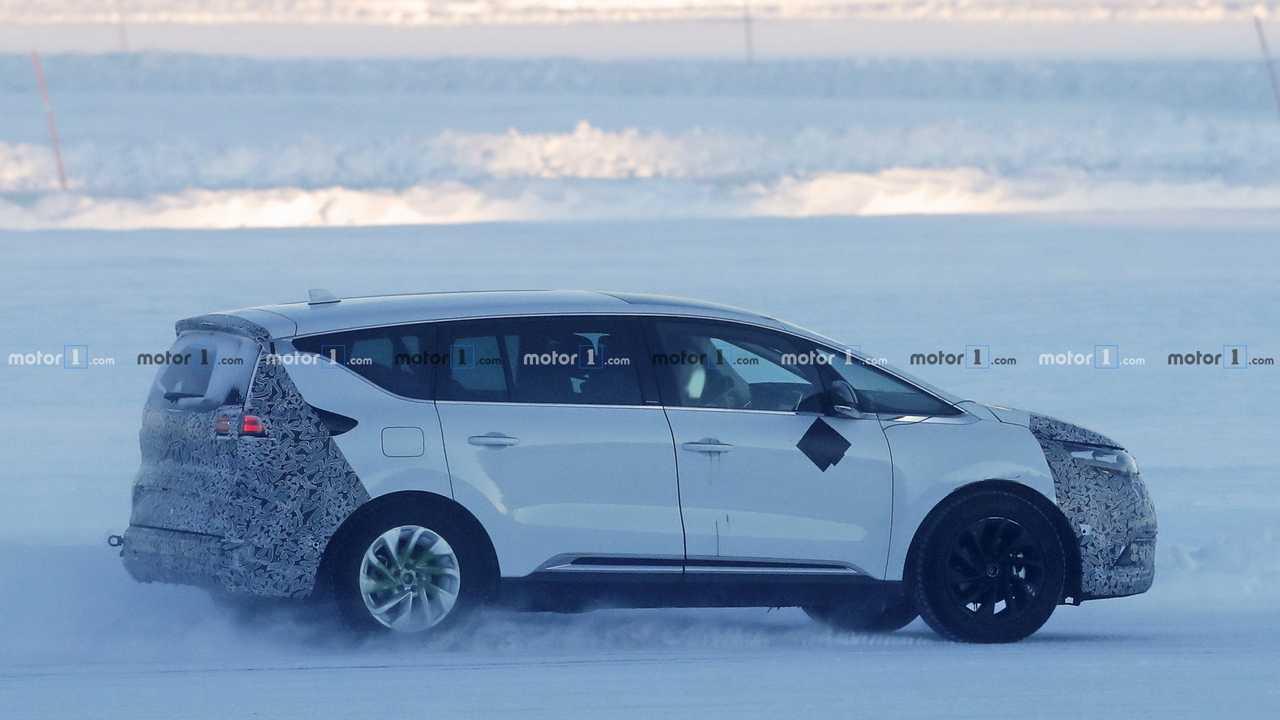 2019 Renault Espace restylé photo espion