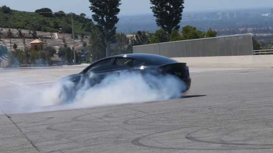 Watch Tesla Model 3 Do Some Doughnuts & Drift