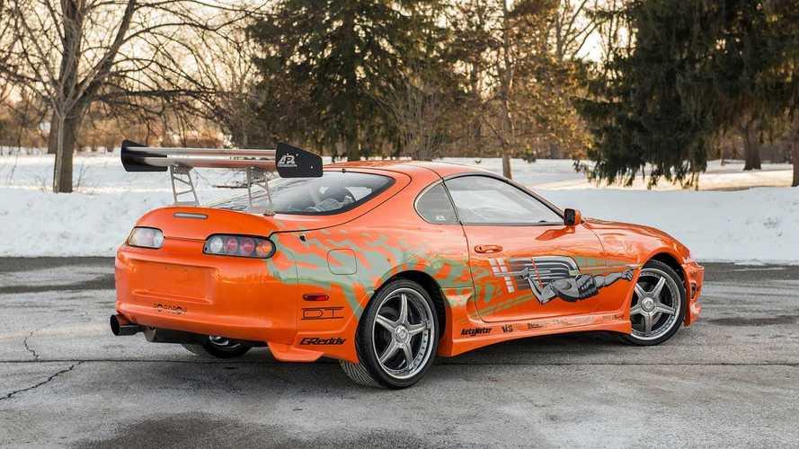 Hızlı ve Öfkeli'nin ilk filminden elenmiş otomobilleri görün!