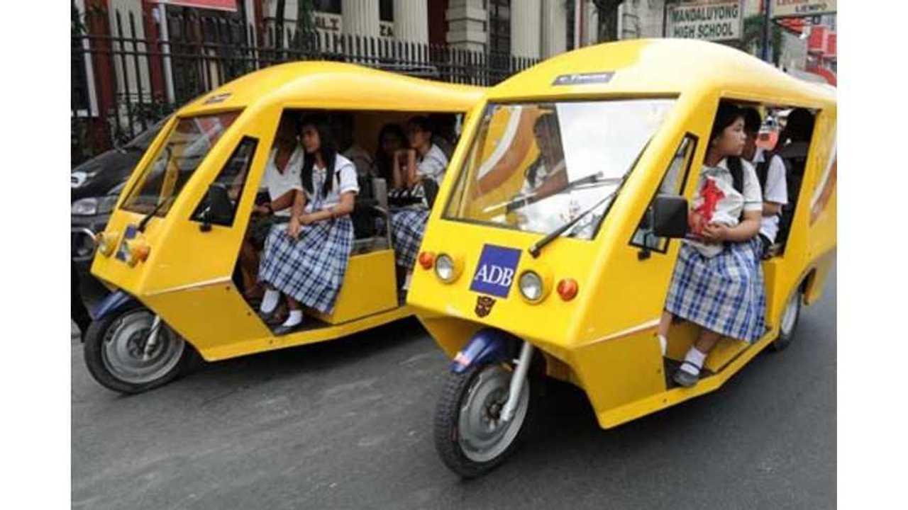 e-trikes_philippine_schoolgirls480x320