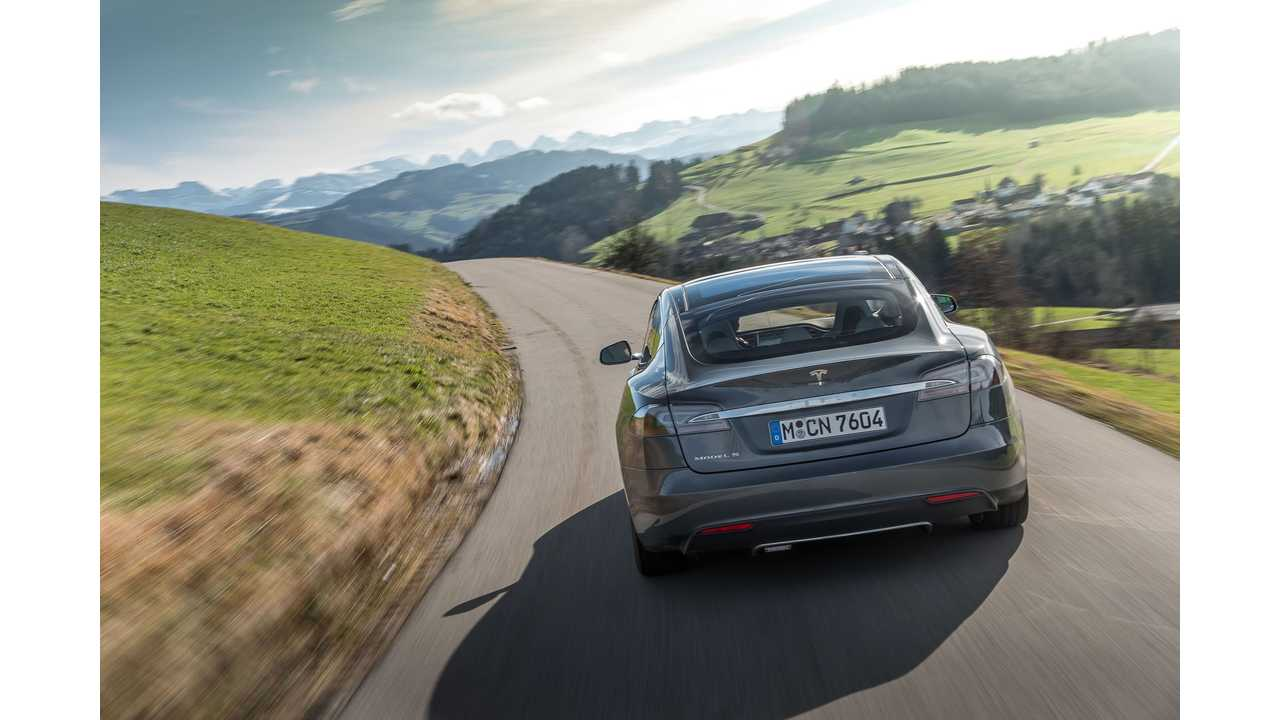 August Sets Electric Vehicle Sales Record For Norway; 6% of Market Grabbed by EVs...Tesla Model S an Immediate Hit