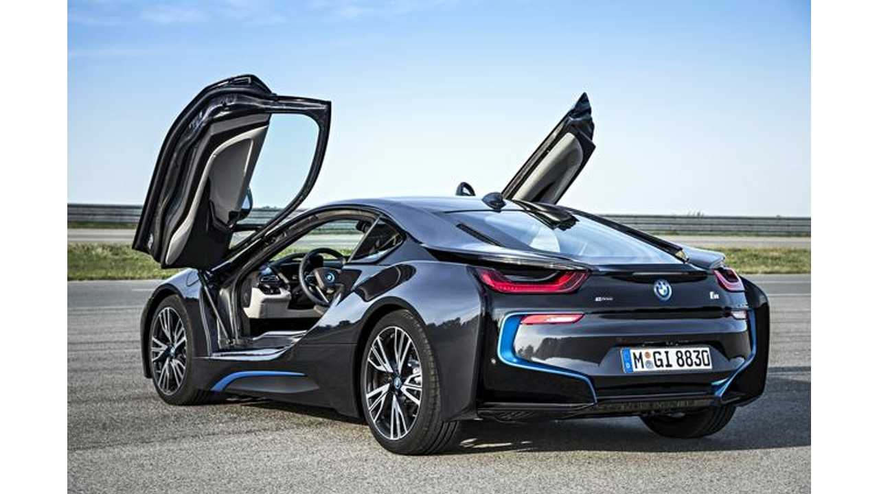 BMW i8 Ready to Duke it Out With Model S