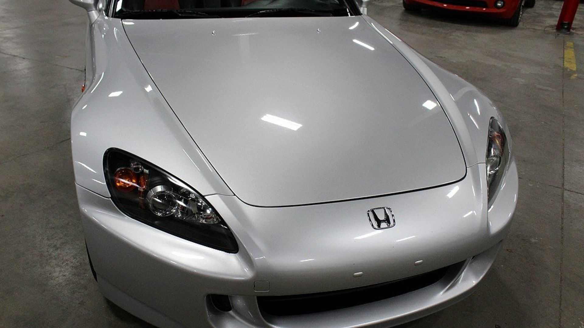 This 2004 Honda S2000 Is What Driving Enthusiasts Crave
