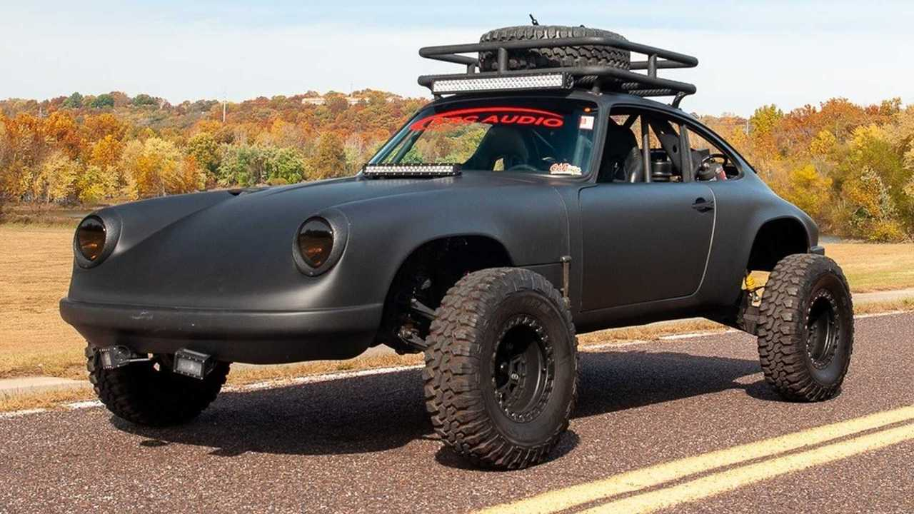 Porsche 911 Baja Battle Car
