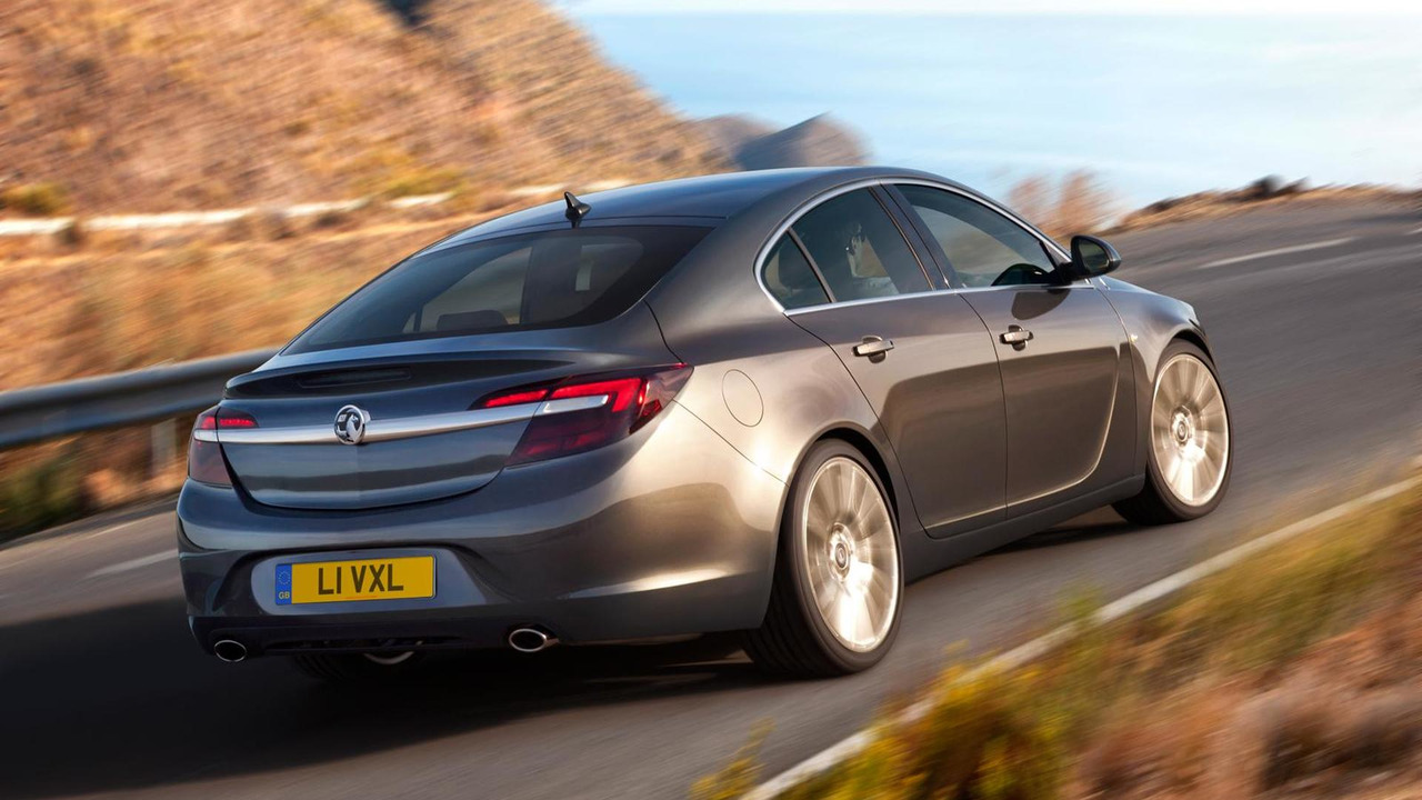 Opel releases Insignia & Insignia Country Tourer footage, highlights