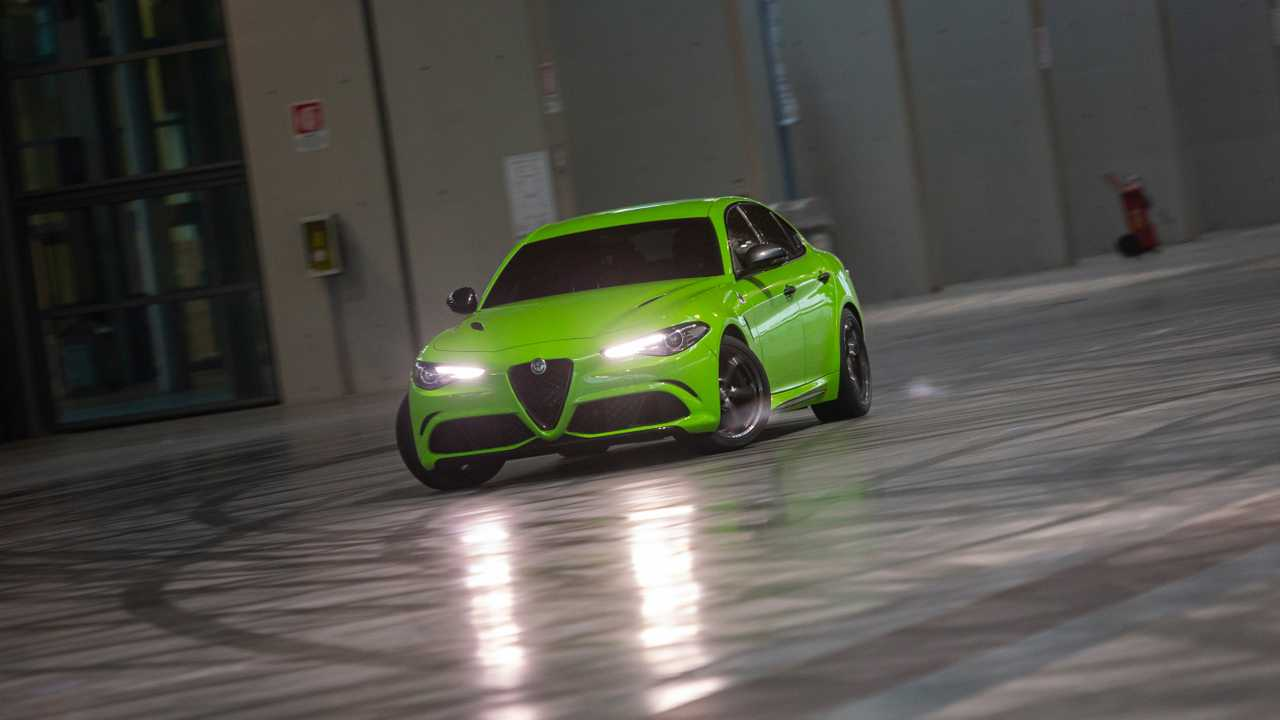 We Had A Go In The Giulia Quadrifoglio From 6 Underground