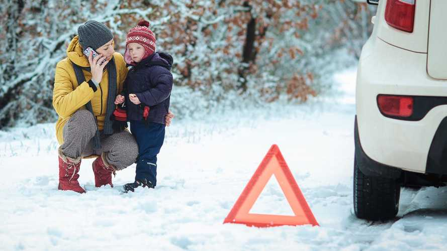 15 breakdowns a minute expected this weekend as snow batters the UK