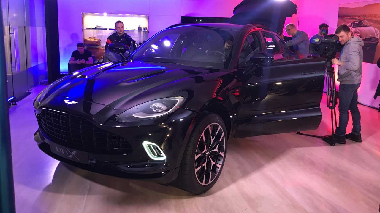 Aston Martin DBX - Russian launch