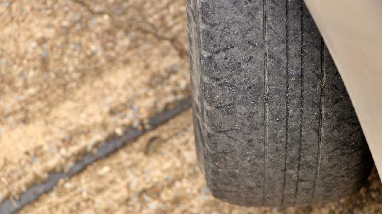 legeal mm limit on car tyres