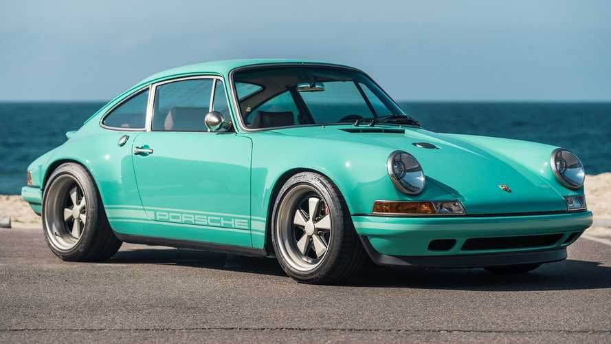 Una Porsche 911 firmata Singer all'asta negli USA