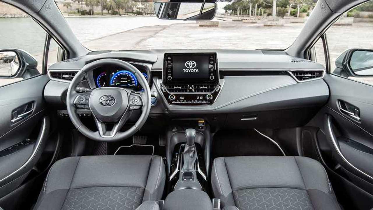 Toyota KINTO, copertina