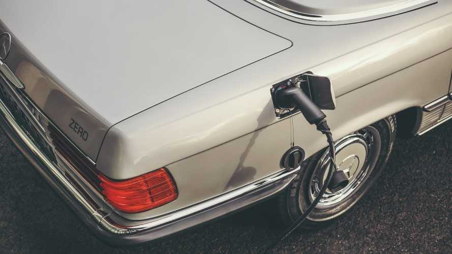 UK Shop Makes World's First Electric Classic Mercedes-Benz SL