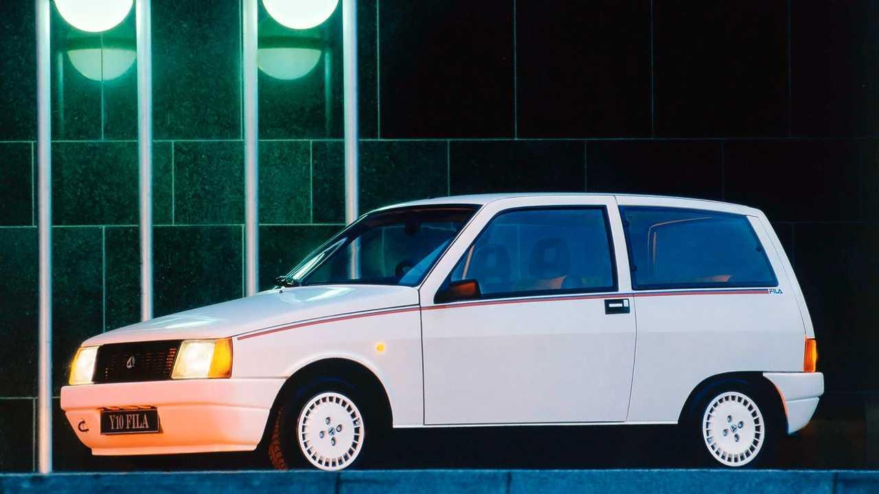 Lancia Y10 Fila