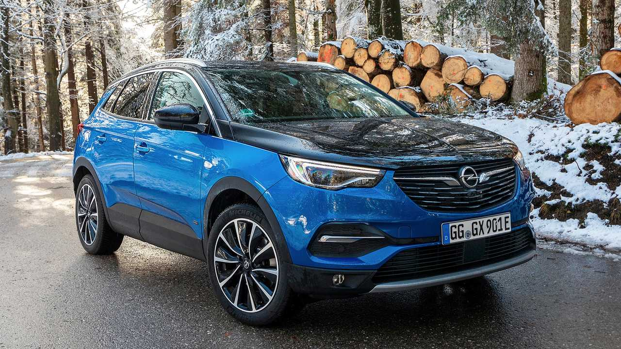 Opel Grandland X Hybrid4 Prova su Strada (2020)