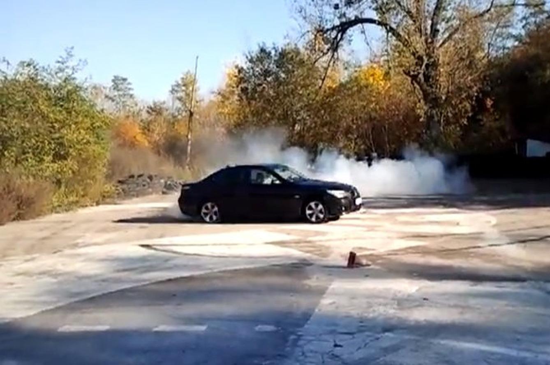 Polish Dude Over-Hoons BMW 5-Series
