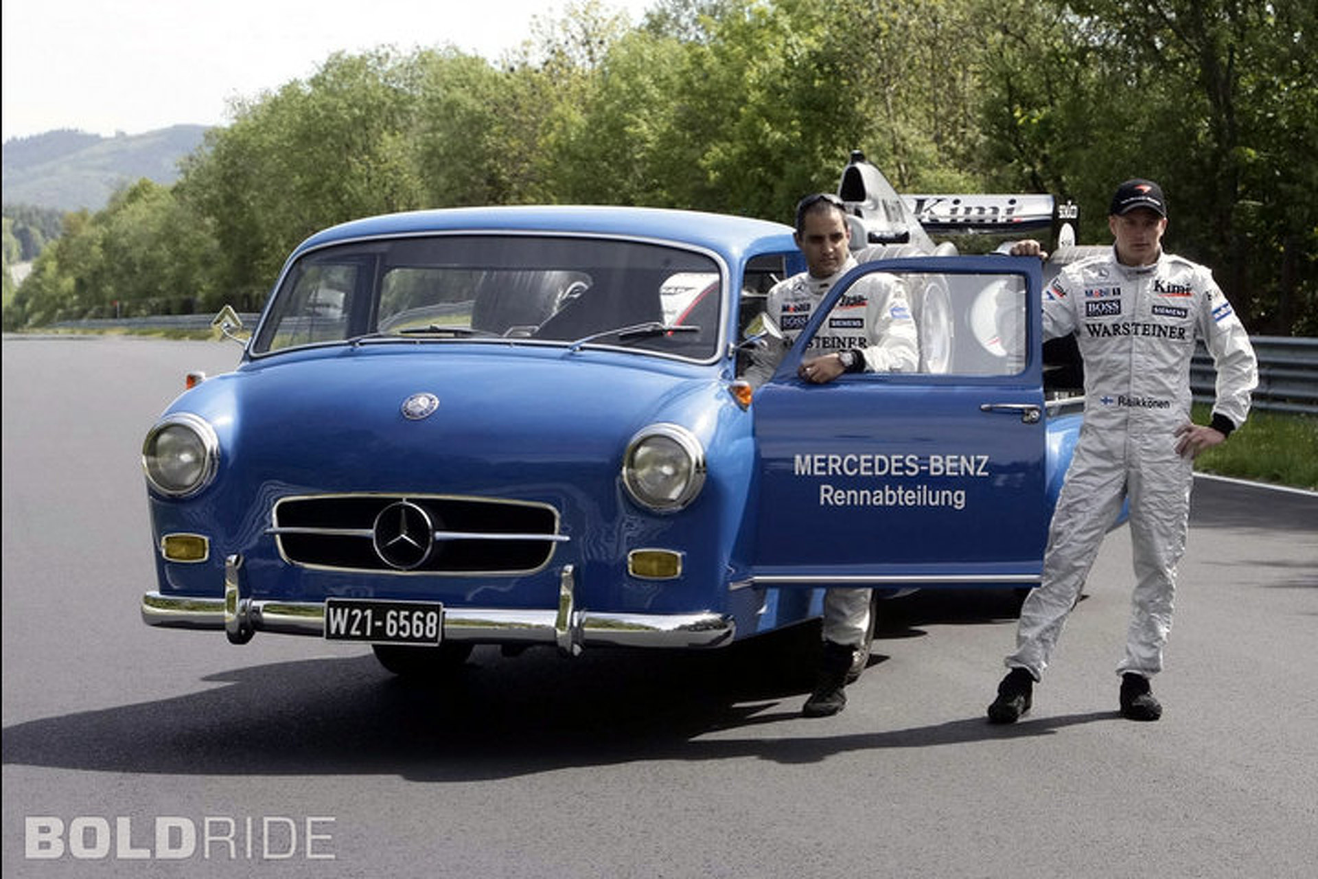 'Blue Wonder' is the Sexiest Race Transport You've Ever Seen