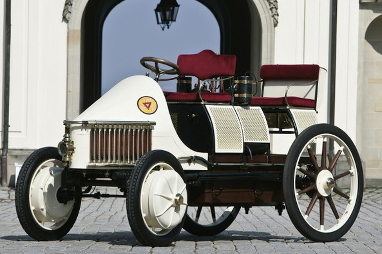 A Porsche Hybrid from 1900: Meet the